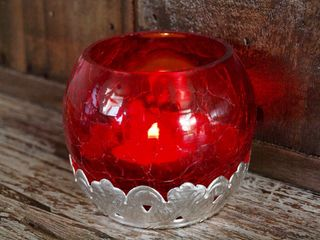 Crackled Tea Candle Holder: Red