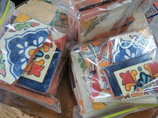 1kg Bag Broken Talavera Tiles