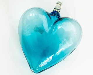 Turquoise Heart: medium
