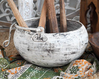 Large Iron Whitewash Planter Bowl