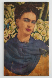 Frida Canvas 13