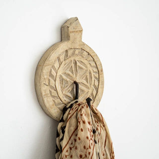 Hand Carved Round Wall Hook Natural