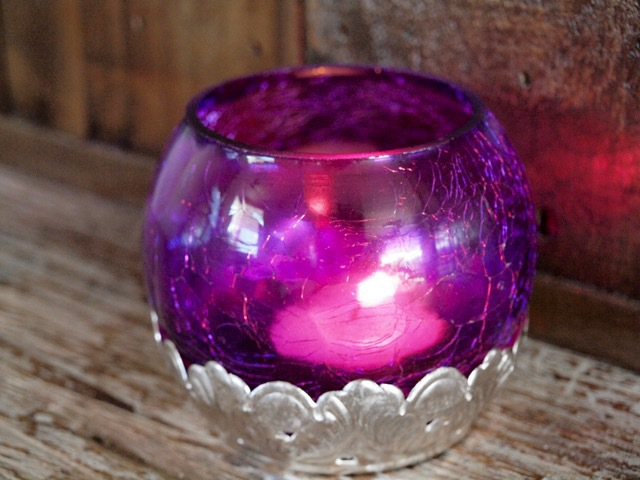 Crackled Tea Candle Holder: Crimson