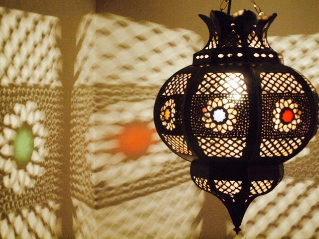 Arabian Tin Lantern Medium Furniture Lighting Decor