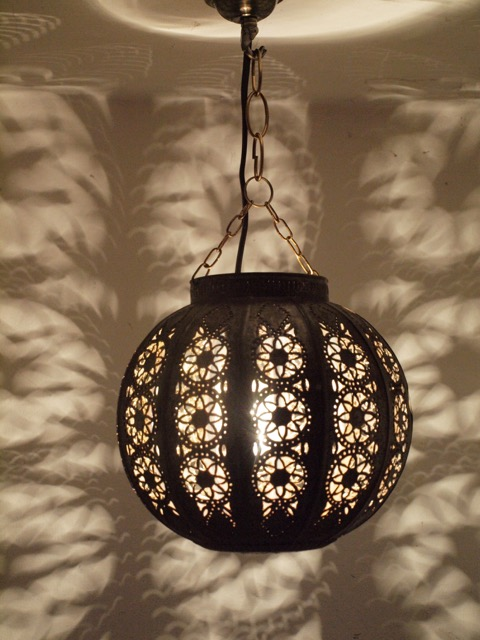 Warda Lantern: small, brown