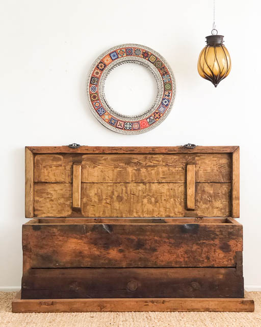 Large Madera Rustic Trunk