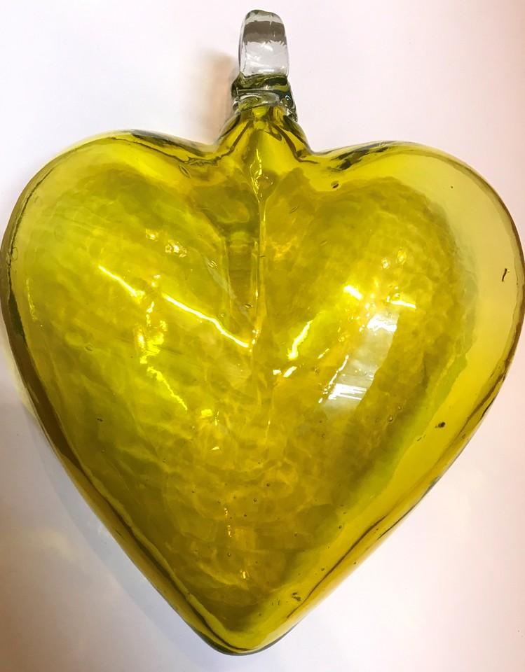 Yellow Heart: Medium