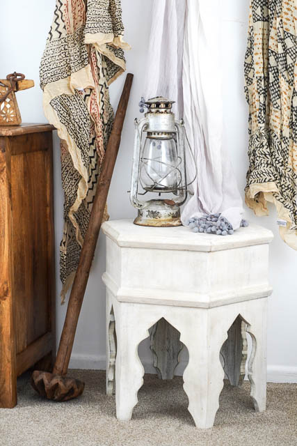 Arabian Tea Table White