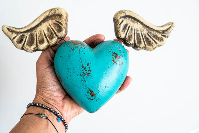 Sacred Heart Medium Turquoise